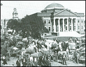 History of Darlington_cotton on public square